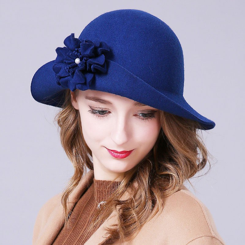 The flowery chilli hat – Blue1
